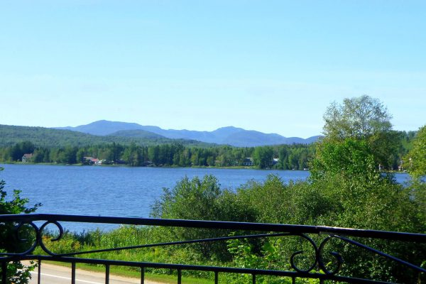 Vue+du+lac+et+montagnes+prise+sur+Facebook